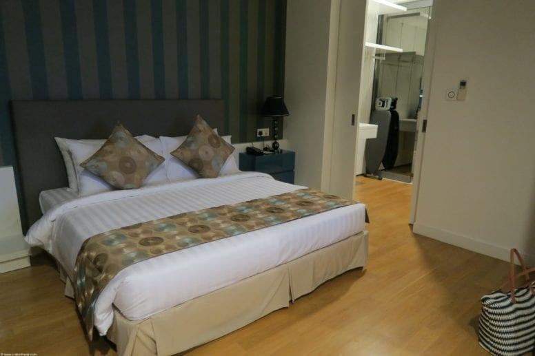 bedroom review