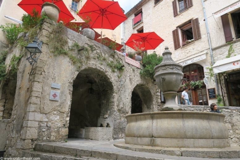 the place de la grande fontaine