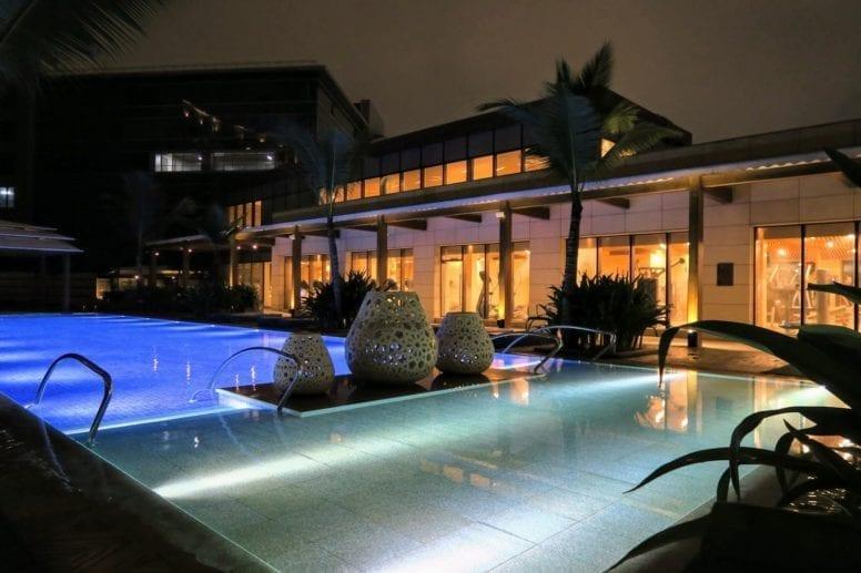 JW Marriott Mumbai Sahar Hotel pool