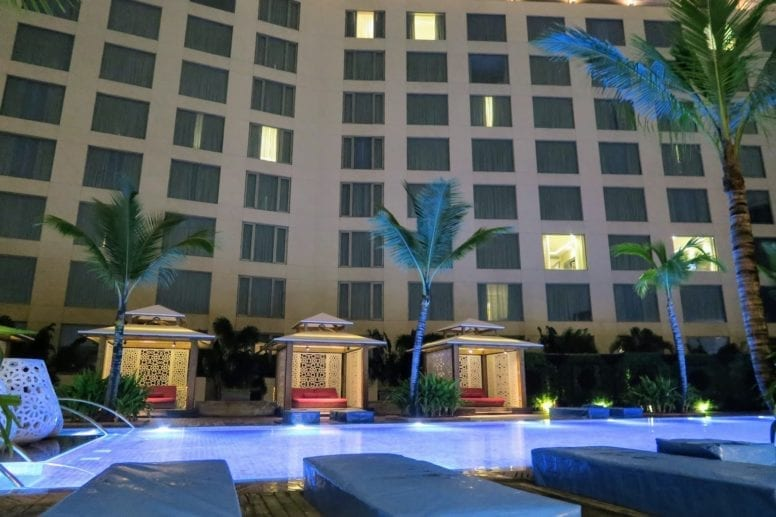 hotel swimming pool review