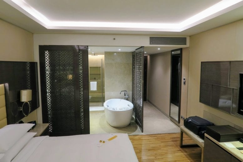 jw marriott sahar mumbai hotel review