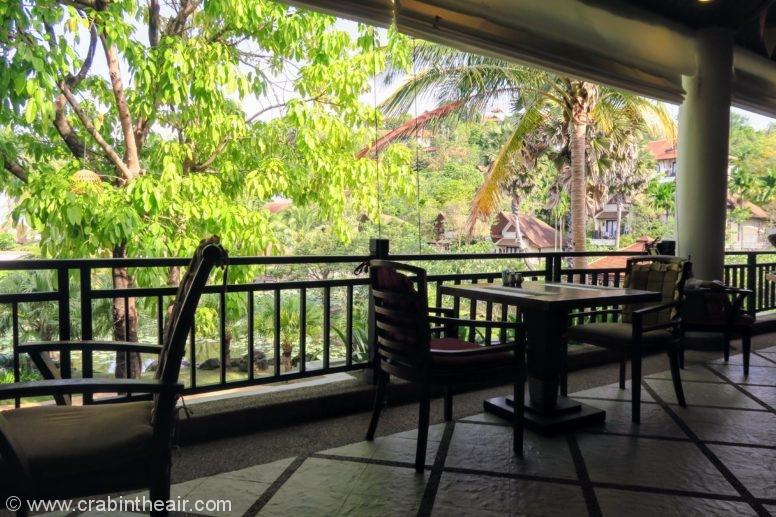 rawi warin resort restaurants