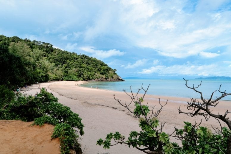 mu ko lanta national park beach