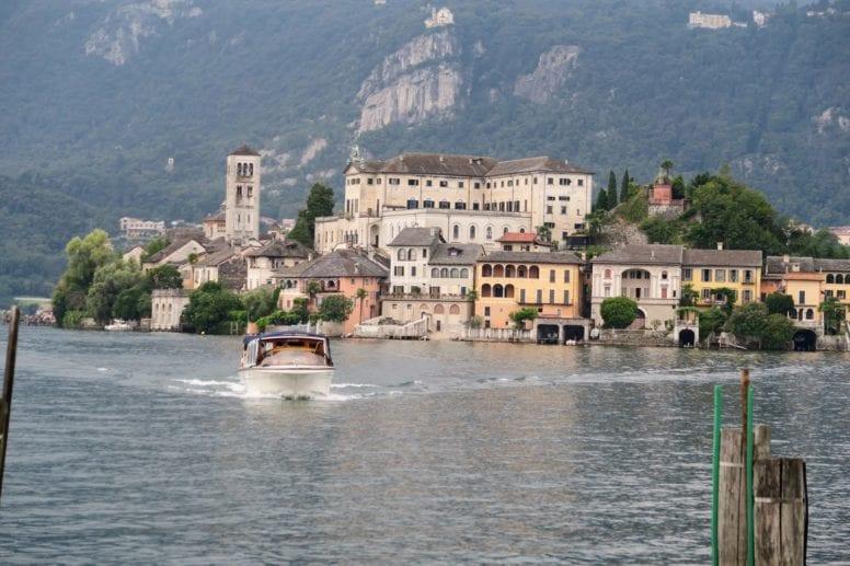 san giulio island italy location