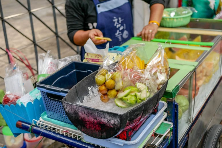 things to do in bangkok - street food