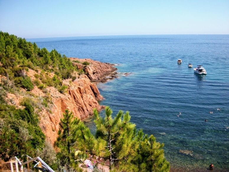 Massif de Esterel Beach