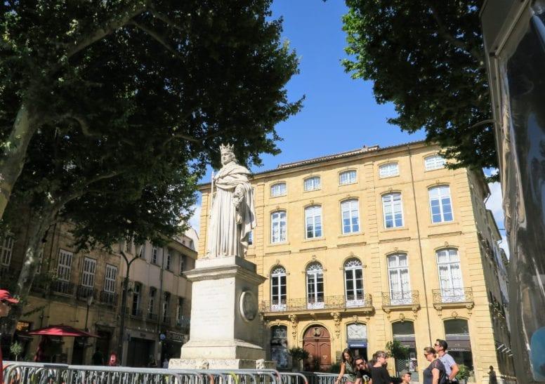 fontaine du roi rene aix en provence