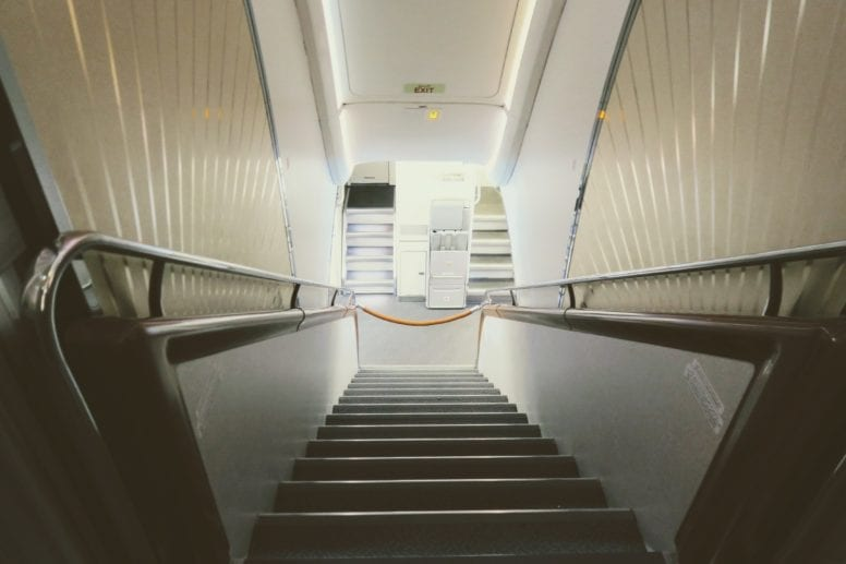 emirates a380 first class stairs