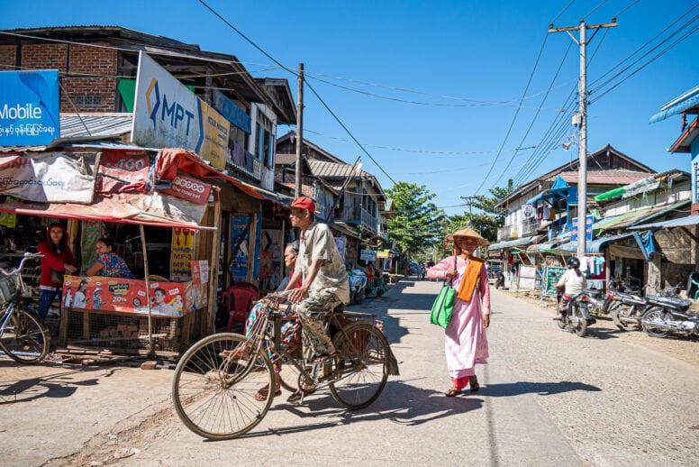 local market thandwe