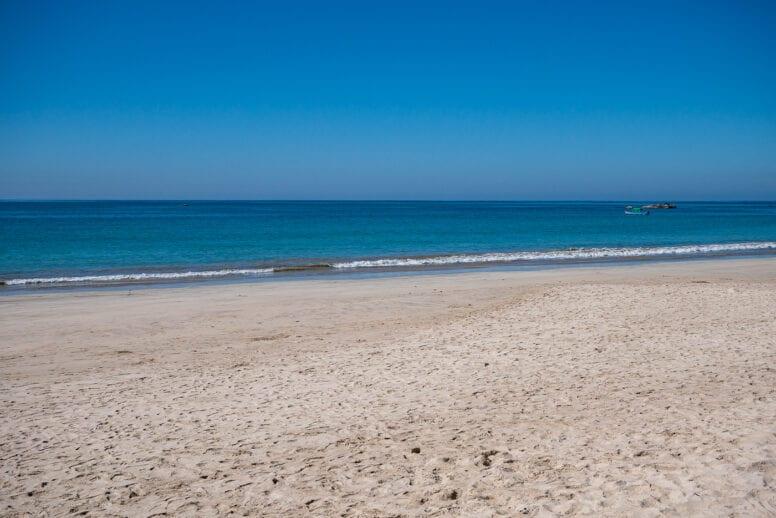 snorkeling ngapali beach